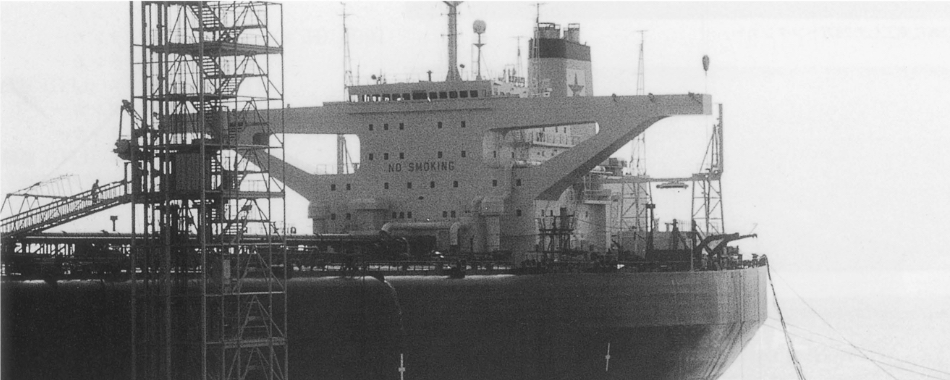 船舶居住区艤装工事